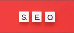 What is a keyword in the context of search engine optimization?